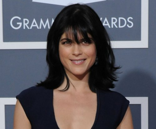 Selma Blair celebrates 2 years sober: 'I am a living miracle'