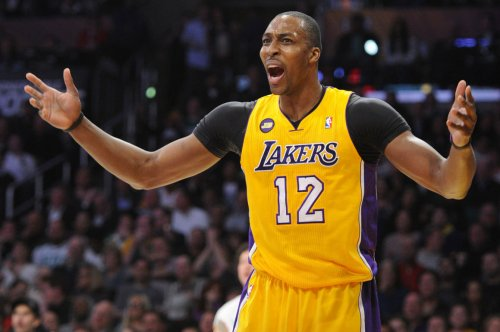 Lakers permitted to talk to Grizzlies center Dwight Howard