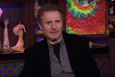Liam Neeson discusses 'Love Actually,' possibility of sequel