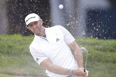 Dustin Johnson takes 2-shot lead at Northern Trust; Scottie Scheffler shoots 59