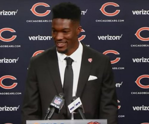 Chicago Bears sign first-round pick Leonard Floyd