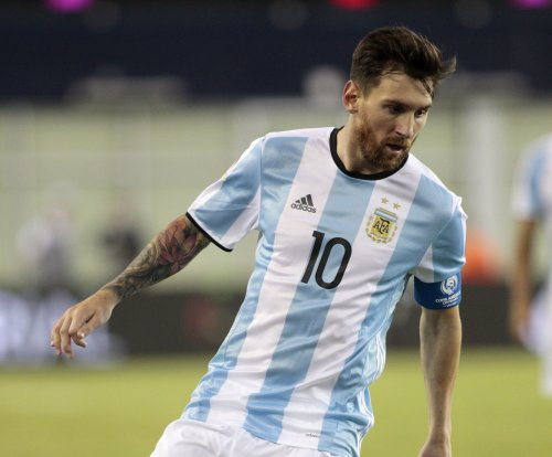 Argentina blitzes U.S. team to reach Copa final