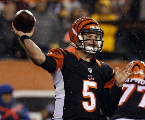 Late touchdown pass helps Indianapolis Colts rally past Cincinnati Bengals