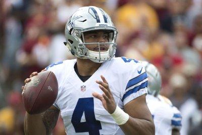 Dallas Cowboys must make Dak Prescott QB1 if he delivers wins