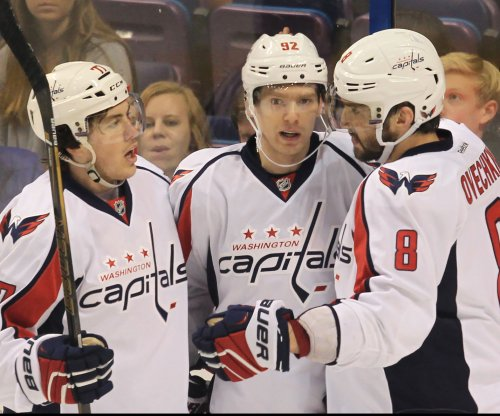 T.J. Oshie scores 30th as Washington Capitals down Calgary Flames