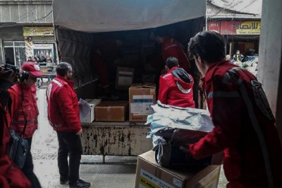 Aid reaches Syrian enclave for first time this year