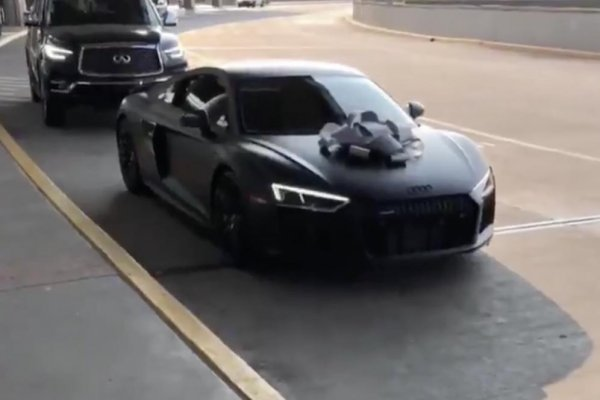 Watch: Trae Young splurges on Audi R8 after signing deal with Atlanta Hawks - UPI.com