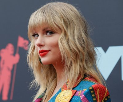 Taylor Swift announces 2020 concert dates for 'Lover'