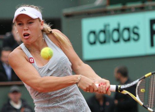Wozniacki wins 3rd straight Conn. crown