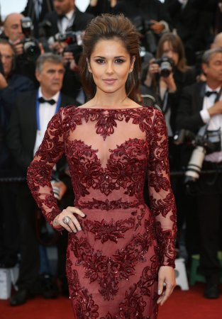 Cheryl Cole goes blonde in new advert for L'Oréal