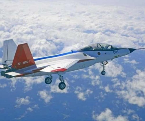 Prototype Japanese stealth fighter makes maiden flight