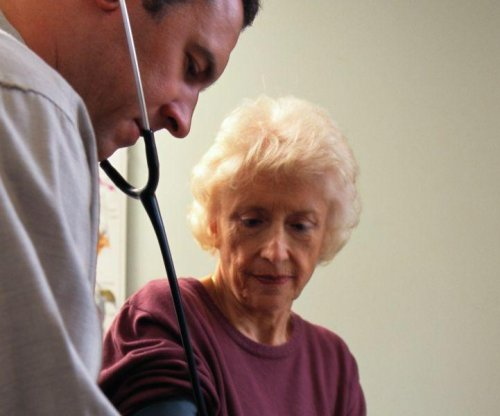 Study: Many male doctors may overlook female heart risks