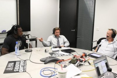 Oakland Raiders confirm Greg Papa out as radio broadcaster