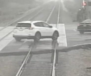 Train camera captures near-misses due to signal malfunctions