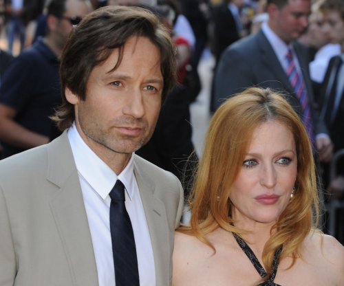 David Duchovny, Gillian Anderson to return on 'X-Files' in Jan. 2016