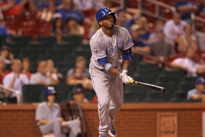 Alcides Escobar's two-run double helps Kansas City Royals beat Cleveland Indians