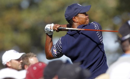 Woods among golf Top 10 as '13 tour starts