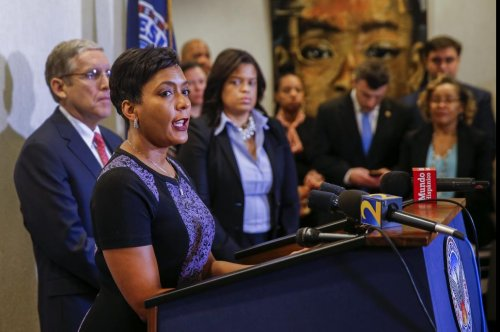Atlanta mayor announces new look at 40-year-old child murders