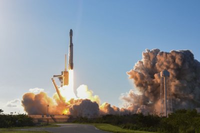 SpaceX booster lost at sea