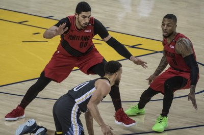 Enes Kanter says Blazers gave him six minutes to choose team