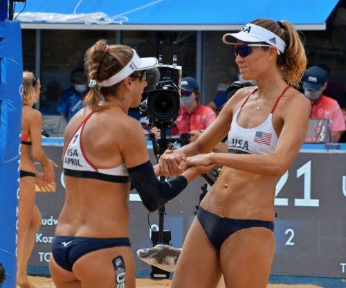 U.S. beach volleyball's April Ross, Alix Klineman beat Swiss duo, reach final