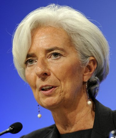 Lagarde warns Asia of 'downward spiral'