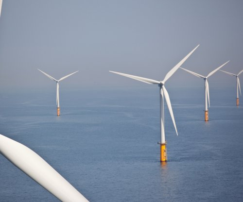 Pioneering U.S. offshore wind farm funded