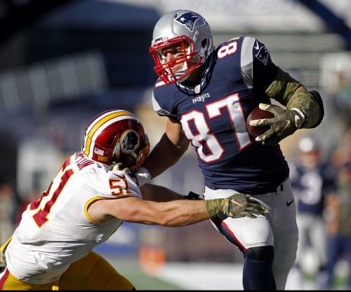 Patriots list Rob Gronkowski as week to week