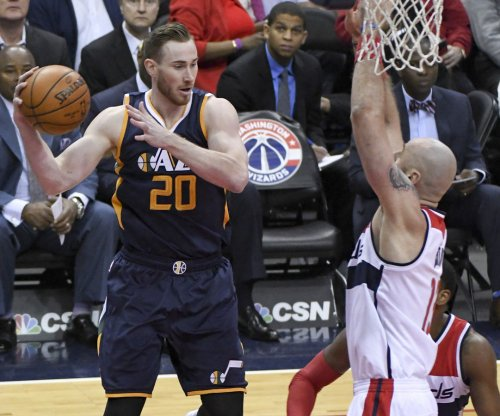 Utah Jazz make strong play to re-sign free agent forward Gordon Hayward