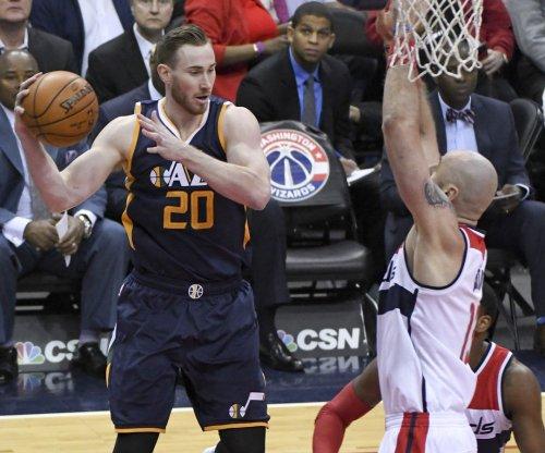 Utah Jazz make strong play to re-sign free agent forward Gordon Hayward