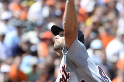 Tigers take on closer-less Cardinals