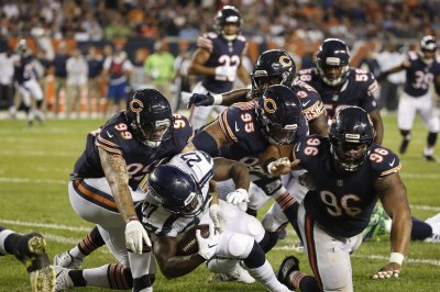Wilson, Seahawks fumble away winnable game vs. Bears