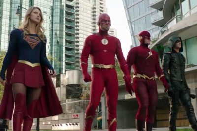 'Arrow,' 'Flash' and 'Supergirl' unite in new 'Elseworlds' trailer