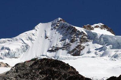 Head-on crash on Bolivian mountain highway kills at least 24