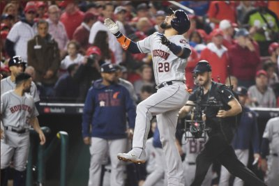 World Series: Astros rebound for Game 3 win over Nationals