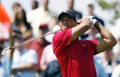 Tiger Woods still No. 1