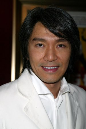 Stephen Chow to play Kato in 'Hornet'