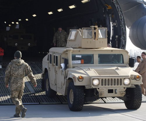 U.S. troops arrive to train Ukrainian army