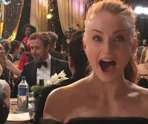 Sophie Turner snaps secret selfie with Ryan Gosling