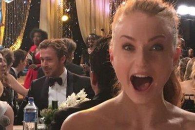 Sophie Turner snaps secret selfie with Ryan Gosling