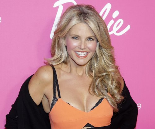 Christie Brinkley: Politics didn't play role in John Mellencamp split