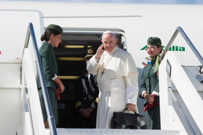 Pope Francis starts five-day trip in Colombia to push for lasting peace