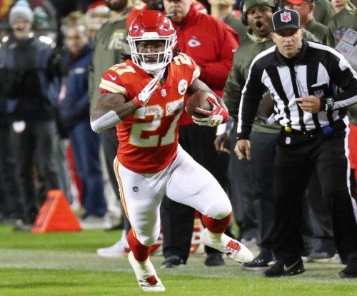 Monday Night Football: Kansas City Chiefs win ugly vs. Denver Broncos
