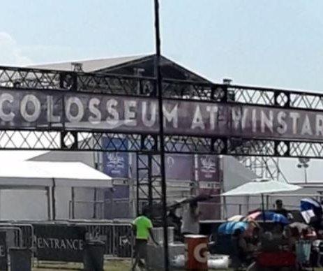 Storm hits Backstreet Boys concert venue in Oklahoma; 14 injured
