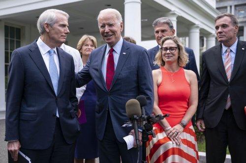 Biden to meet senators after agreement on $1.2T bipartisan infrastructure plan