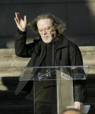 Tommy Ramone dies at 65