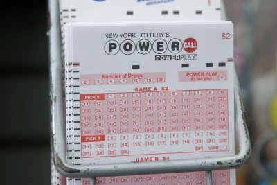 Powerball lottery jackpot grows to $403M