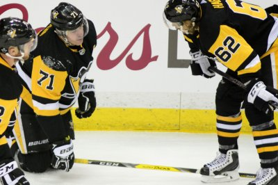 Stanley Cup Playoffs: Penguins without Malkin, Hagelin for Game 1