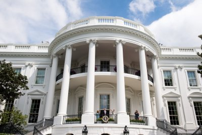 Donald Trump orders administration boycott of correspondents' dinner