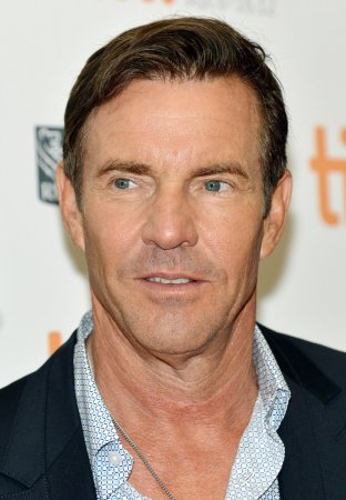 Judge dismisses Dennis Quaid's divorce paperwork